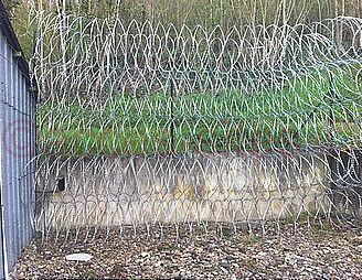 Mur de concertina lames rasoirs modèle RW22 diamètre 700MM
